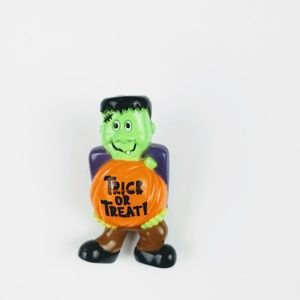 🕸Vintage Trick or Treat Pin